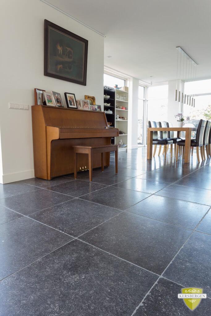 Den-haag-belgisch-hardstenen-vloer-enostyle-donker-006