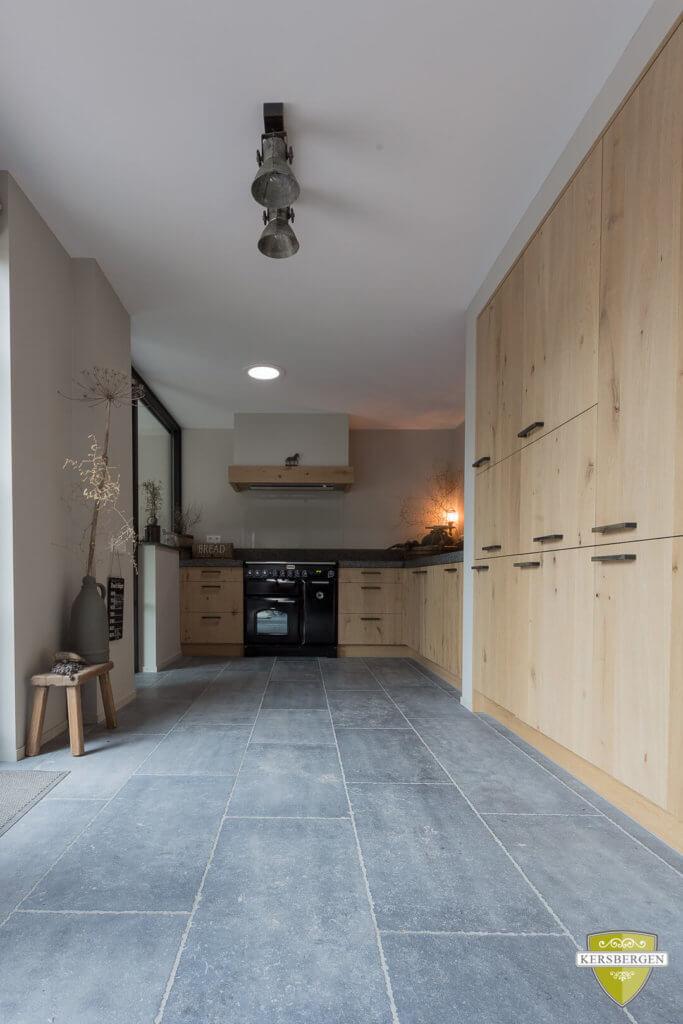 Dordrecht-belgische-hardstenen-vloeren-gezandstraald-003