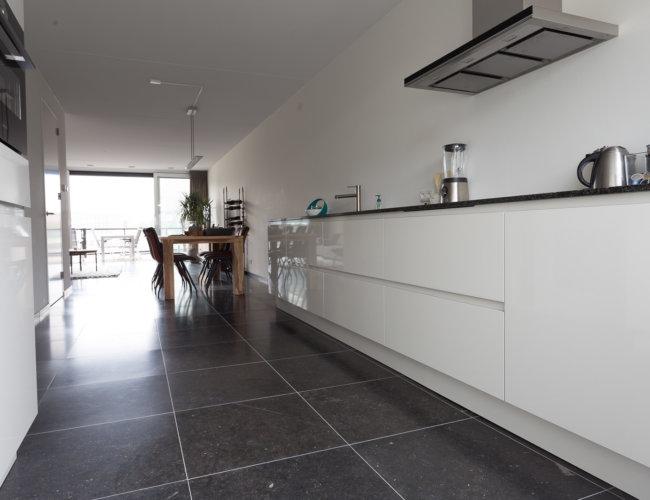 Gezoet-belgische-hardstenen-vloeren-productfoto-003